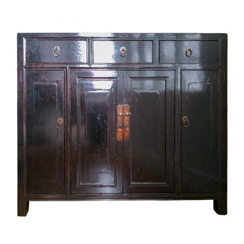 Two Design Lovers - Oriental sideboard