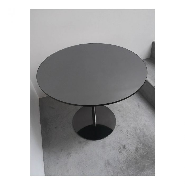 Two Design Lovers Minotti smoked glass side table top