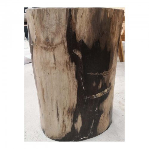 Two Design Lovers light coloured petrified wood side table detail