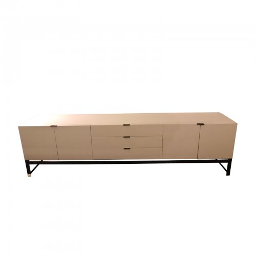 Two Design Lovers Minotti Harvey sideboard