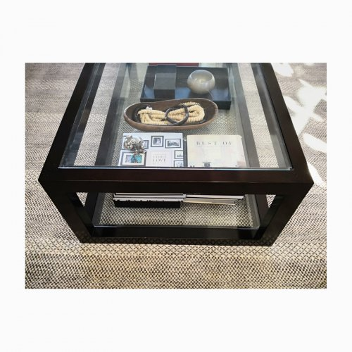 Two Design Lovers glass coffee table end