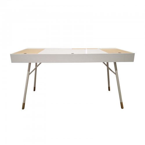 Two Design Lovers Bo Concept desk