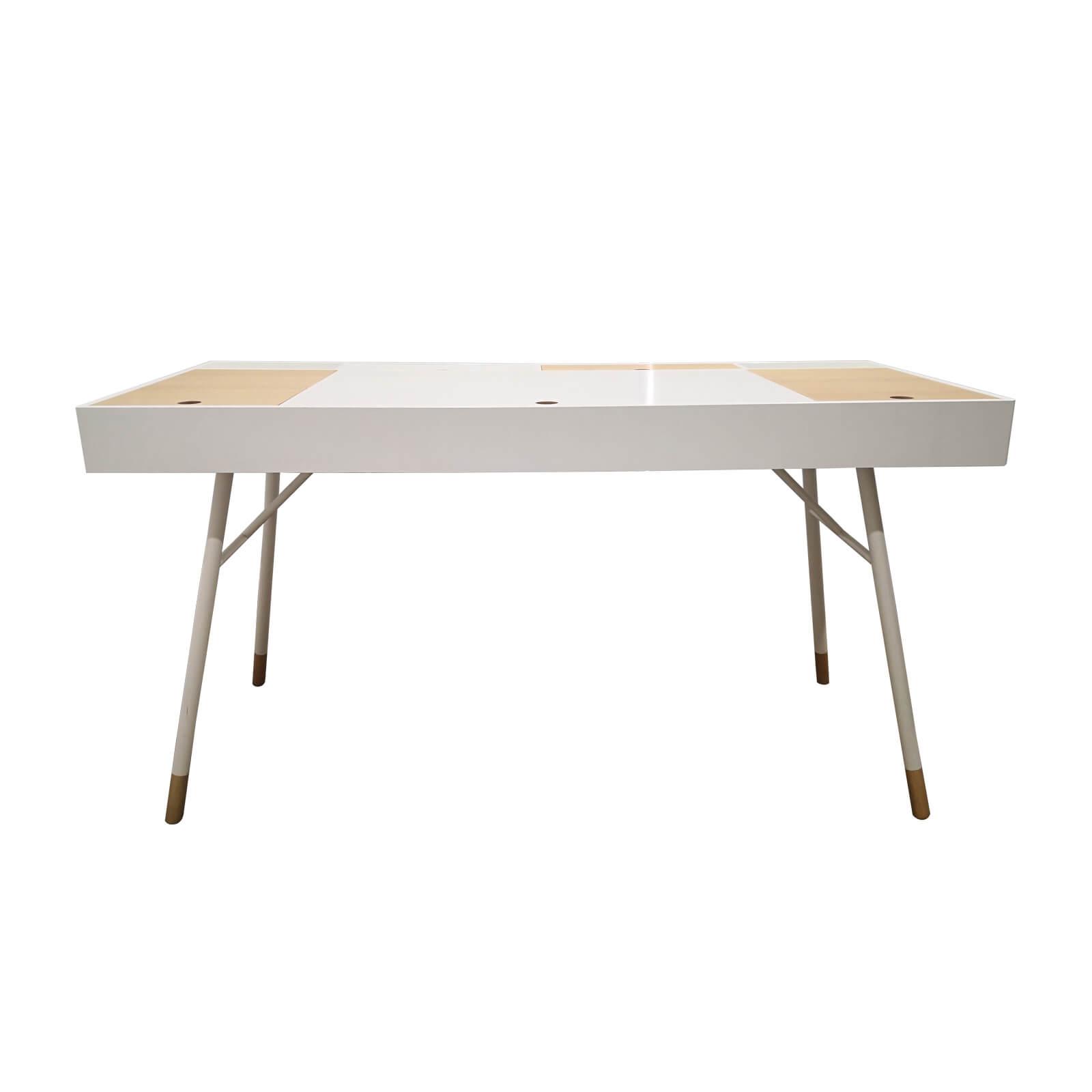 Two Design Lovers Bo Concept desk