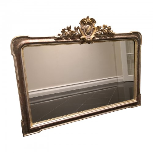 Decorative carved wide mirror