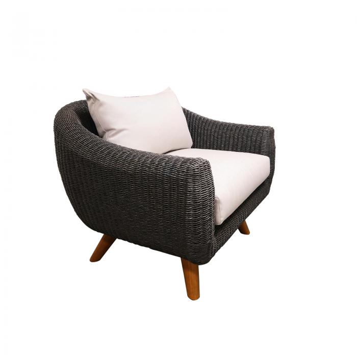 Two Design Lovers outdoor furniture wicker armchair Osier Belle Bulle