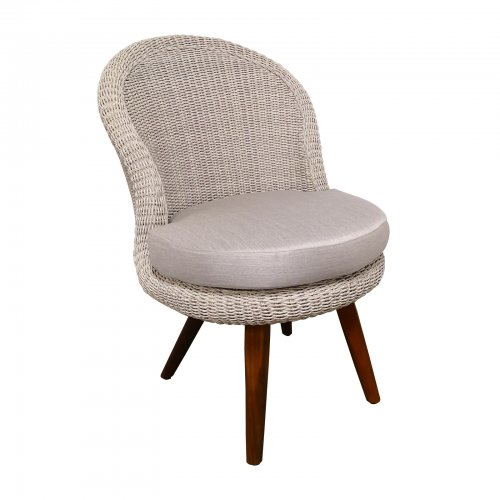 Two Design Lovers outdoor furniture Osier Belle Bulle dining chair thin weave