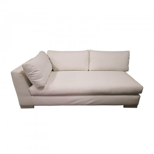 Two Design Lovers Outdoor furniture Osier Belle Leisuretex white sofa