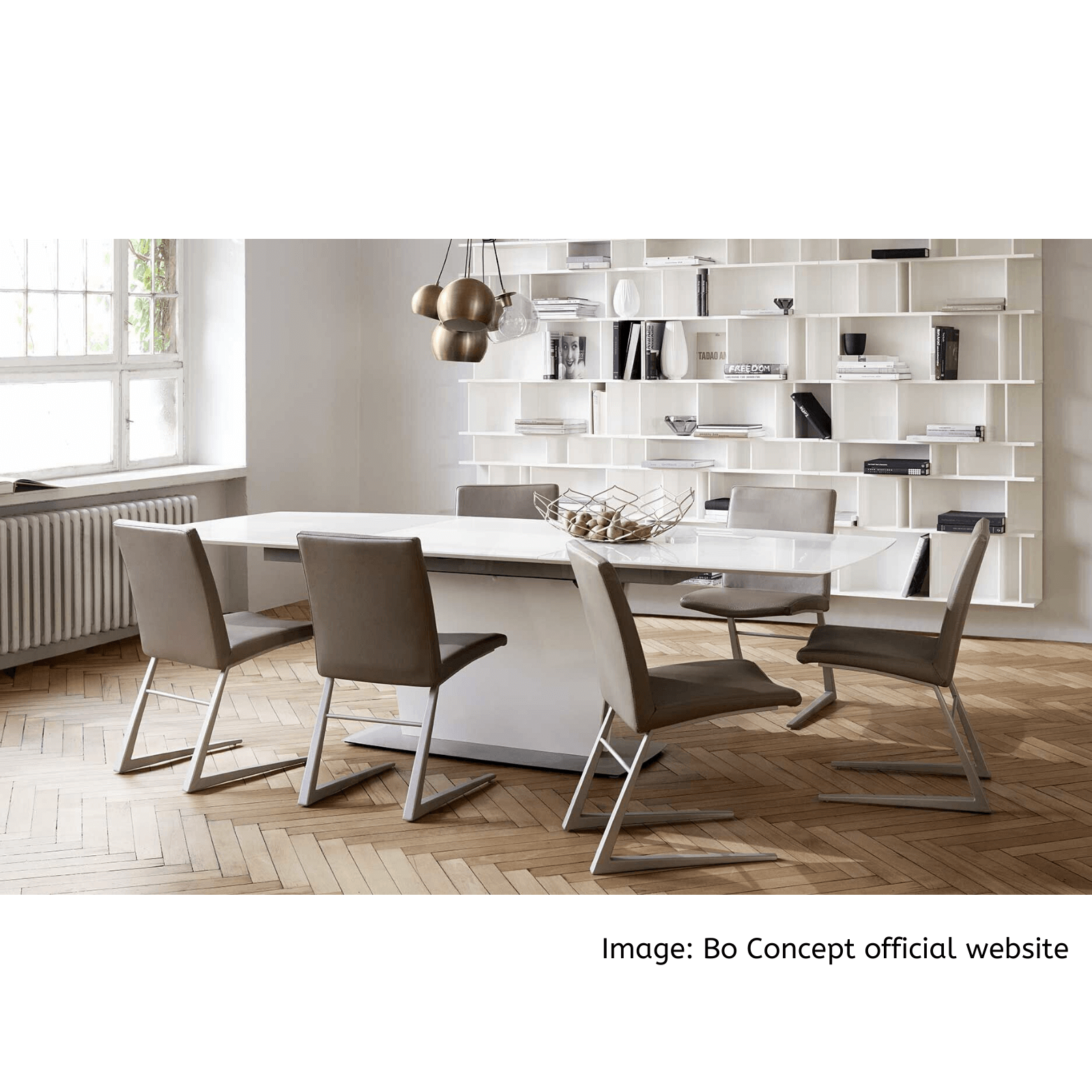 Bo Concept Mariposa dining chair taupe and Milano table