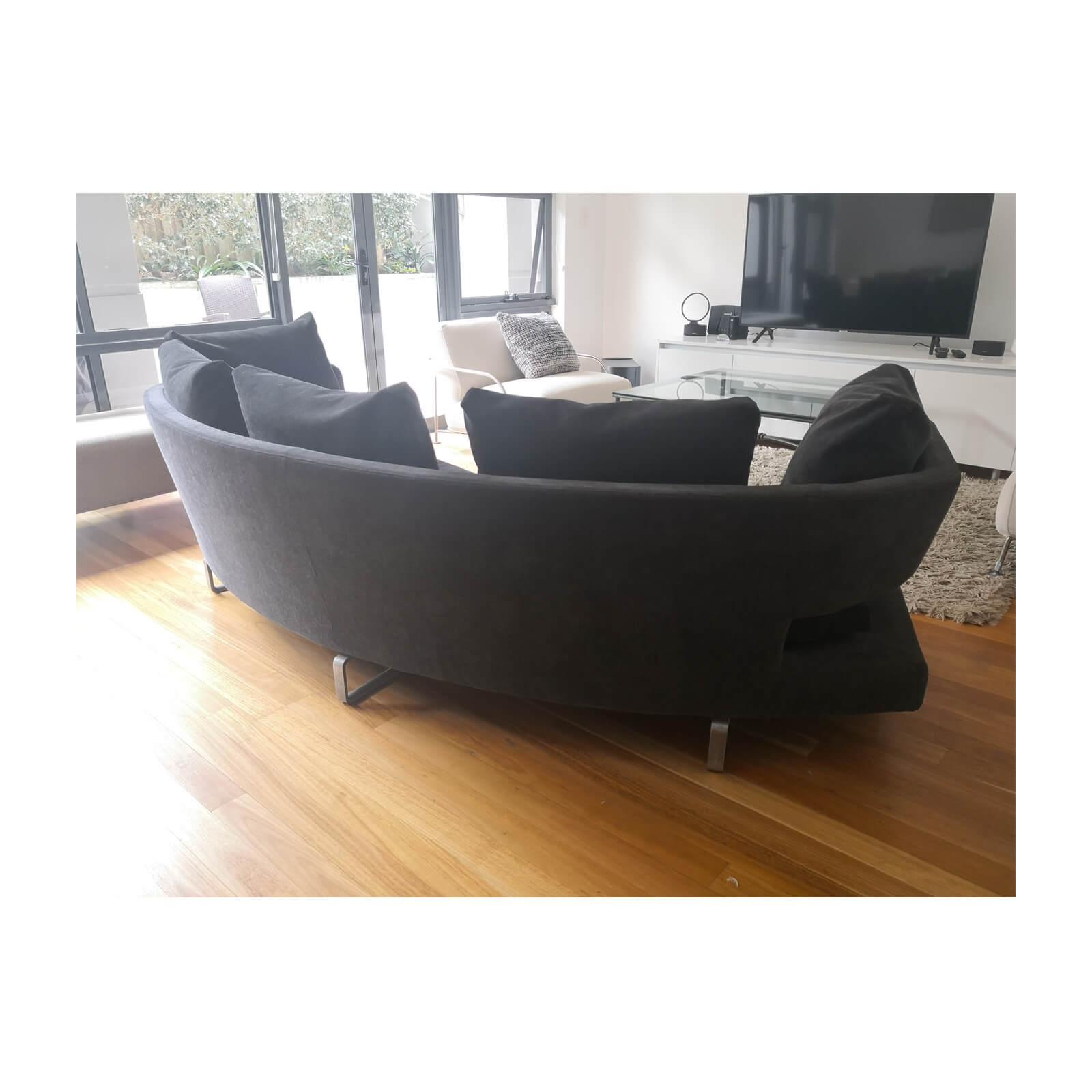 Two Design Lovers B&B Italia Arne sofa anthracite back