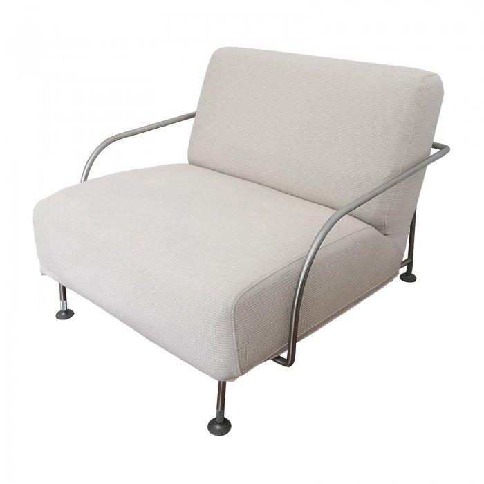 Frighetto armchairs in cream fabric