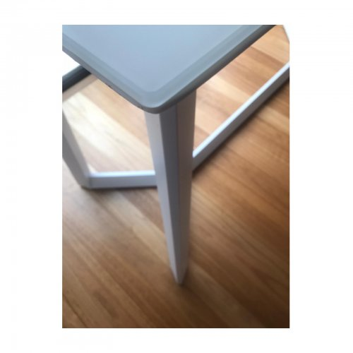 white outdoor bar table legs