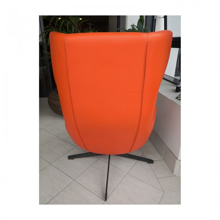 Two Design Lovers Moroso Take a Line for a Walk orange swivel chair with footstool 2