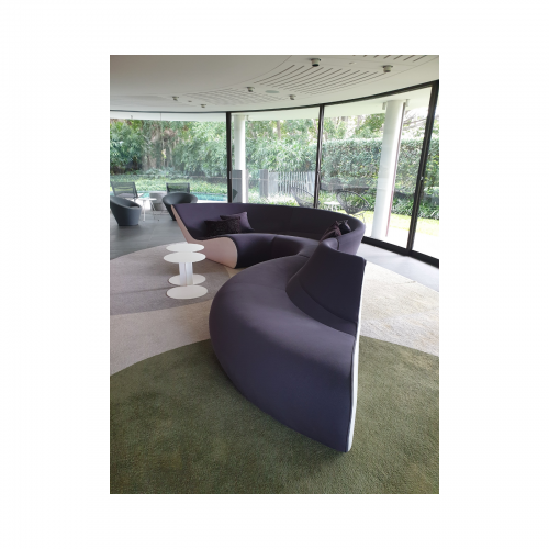 Two Design Lovers Walter Knoll Circle Sofa 1