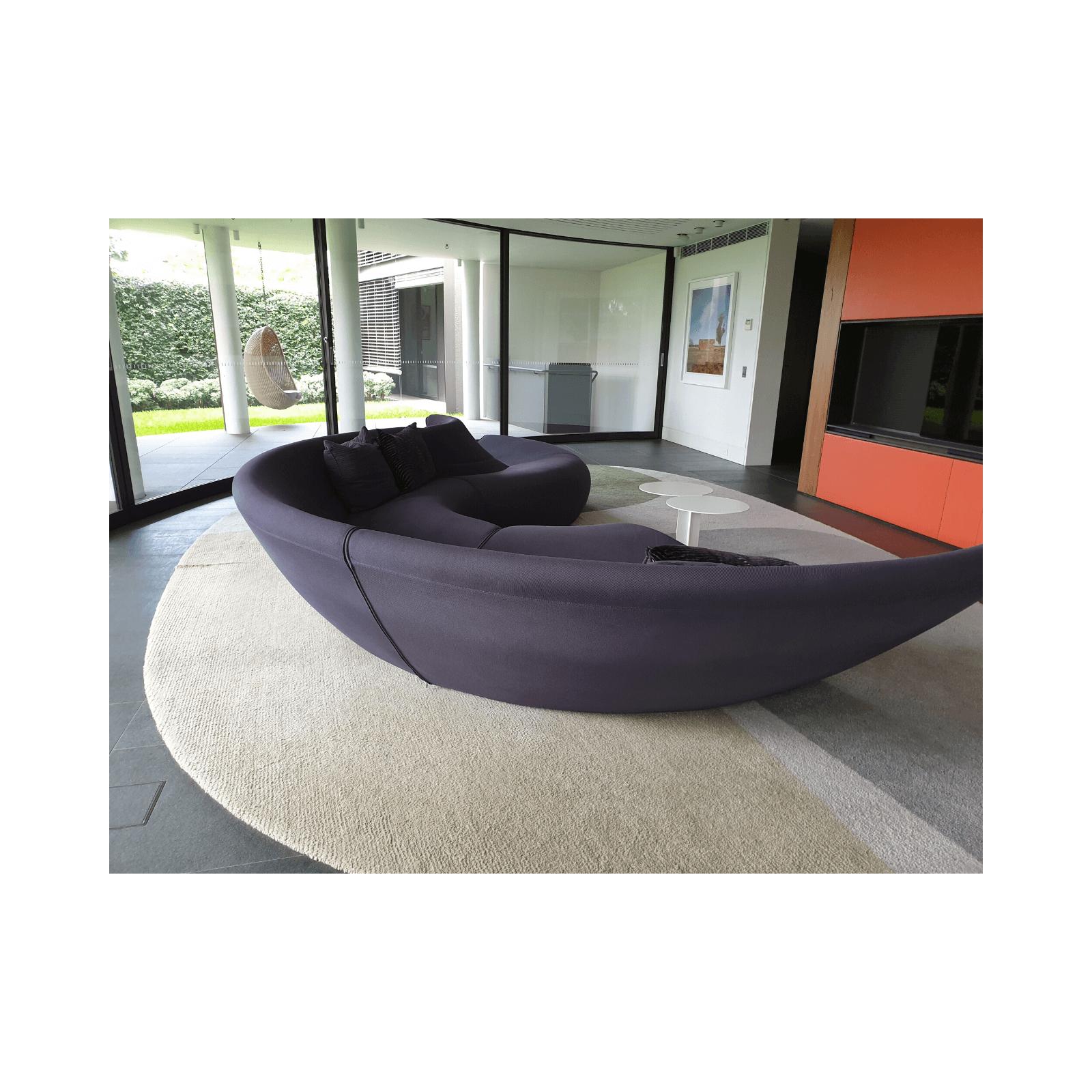 Two Design Lovers Walter Knoll Circle Sofa 3