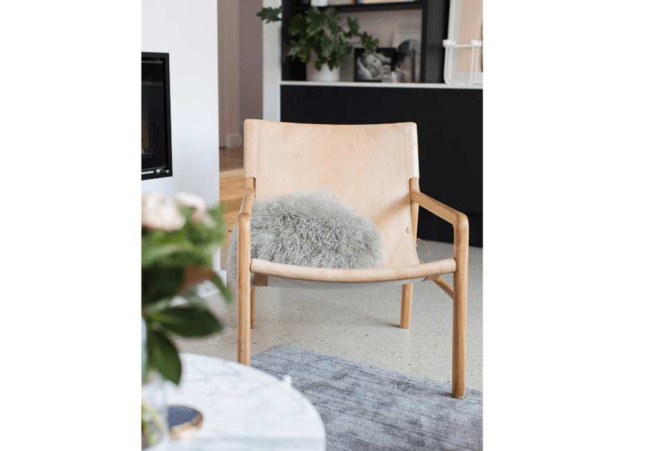 Two Design Lovers Style Curator Chair