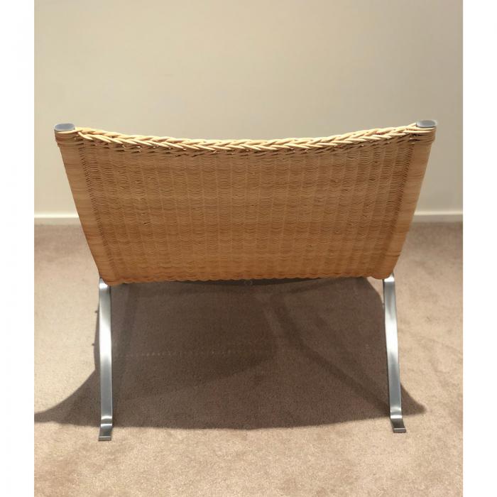 Fritz Hansen PK22 easy chair, 1 back