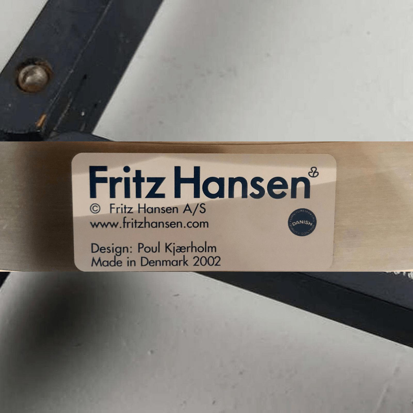 Fritz Hansen PK22 easy chair, sticker