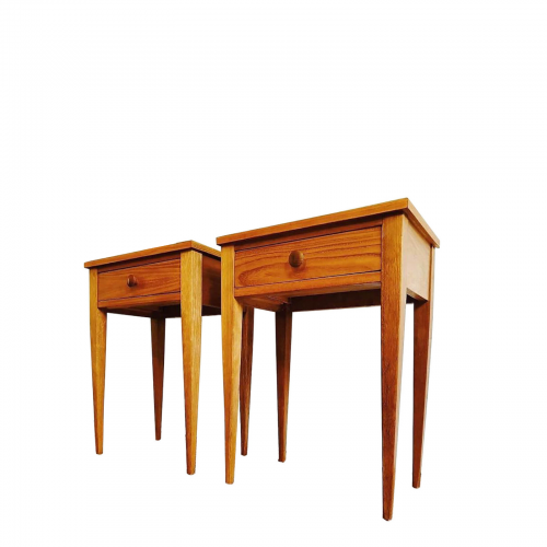 Two Design Lovers Carousel midcentury bedside tables
