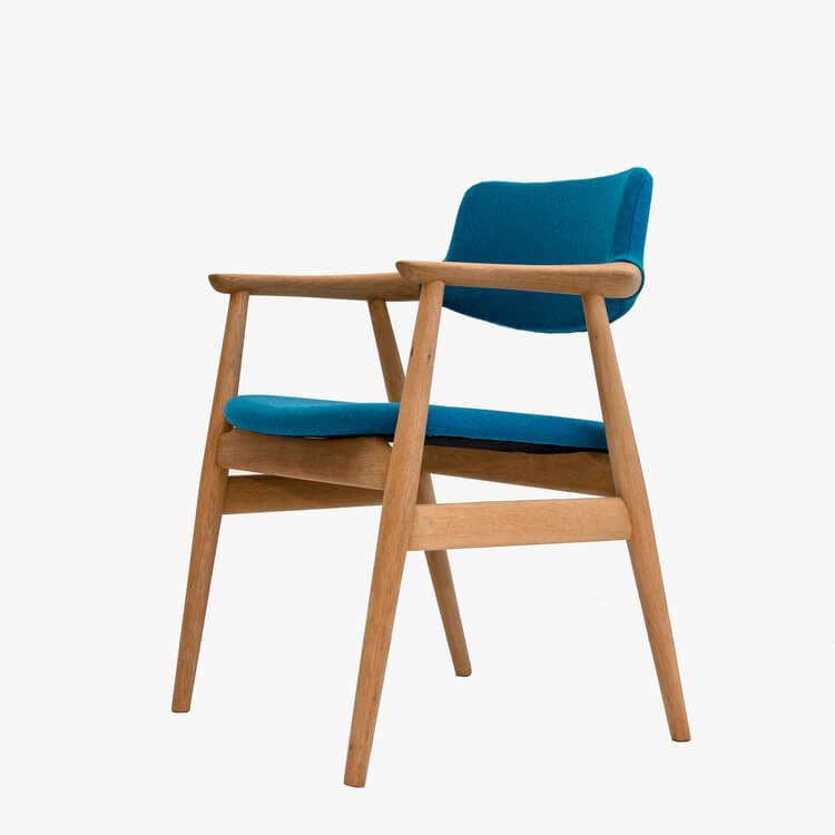 two design lovers themidcenturystore chair
