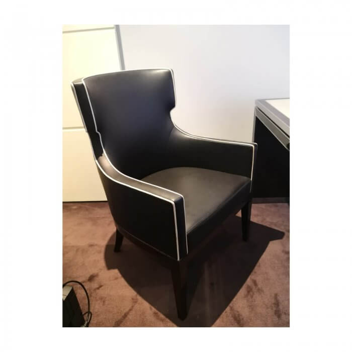 two-design-lovers-blainey-north-hercule-chair-1