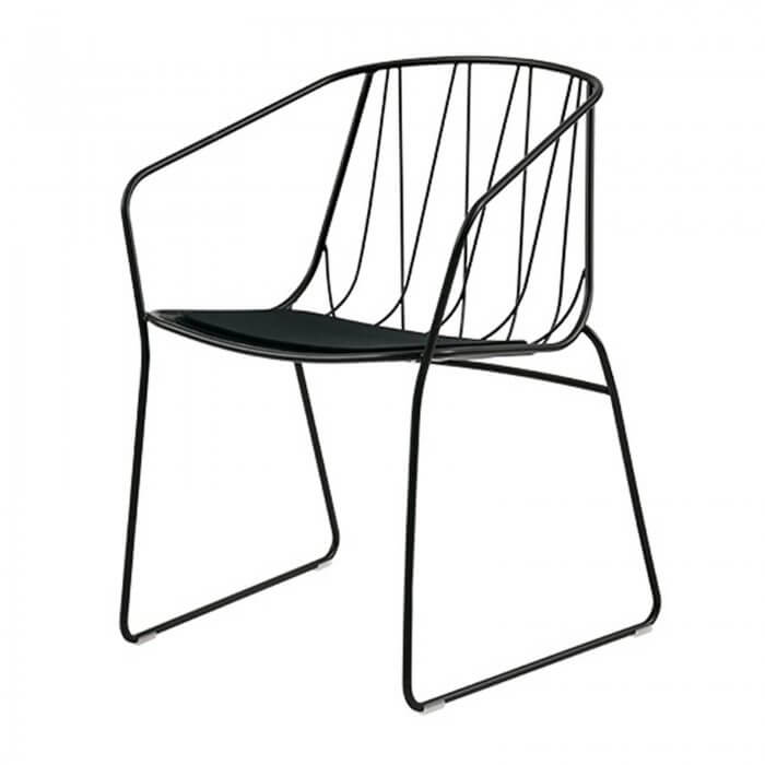 SP01 Tom Fereday Chee arm chair
