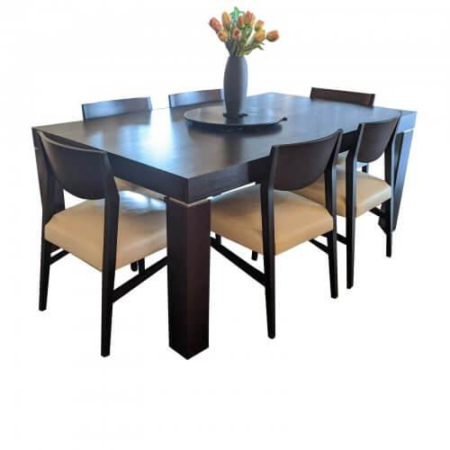 Natuzzi Extendable Dining table