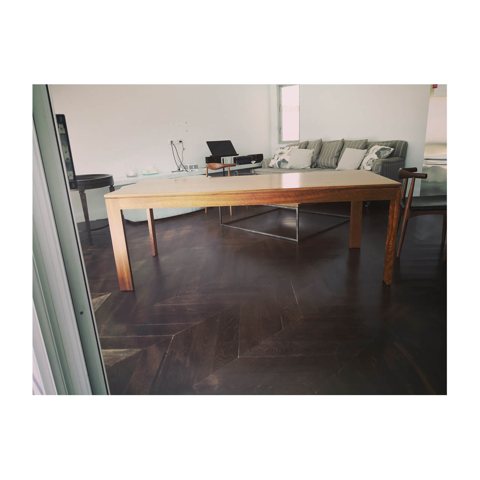 Max Sparrow Planet Furniture Dining Table in Spotted Gun
