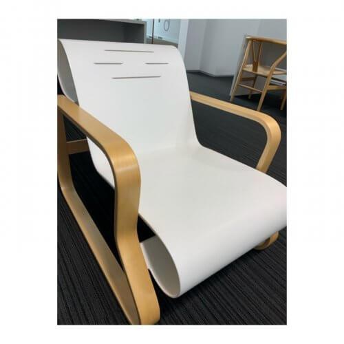 Alvar Aalto Paimio armchair