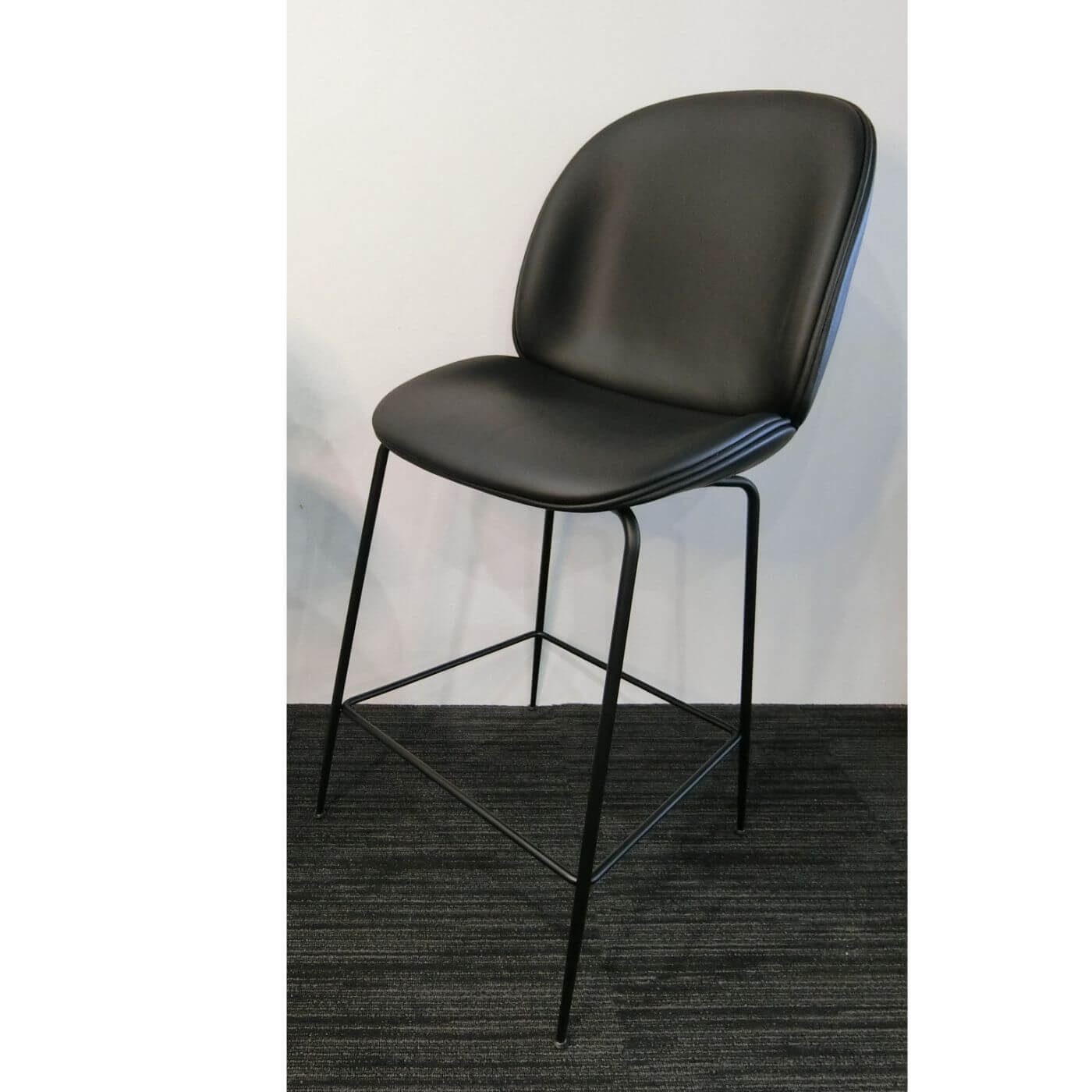 Gubi Beetle bar chair 65cm