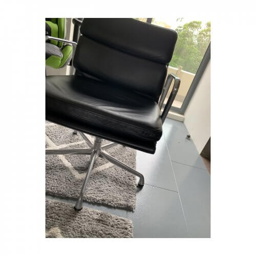 Eames soft pad black leather chair