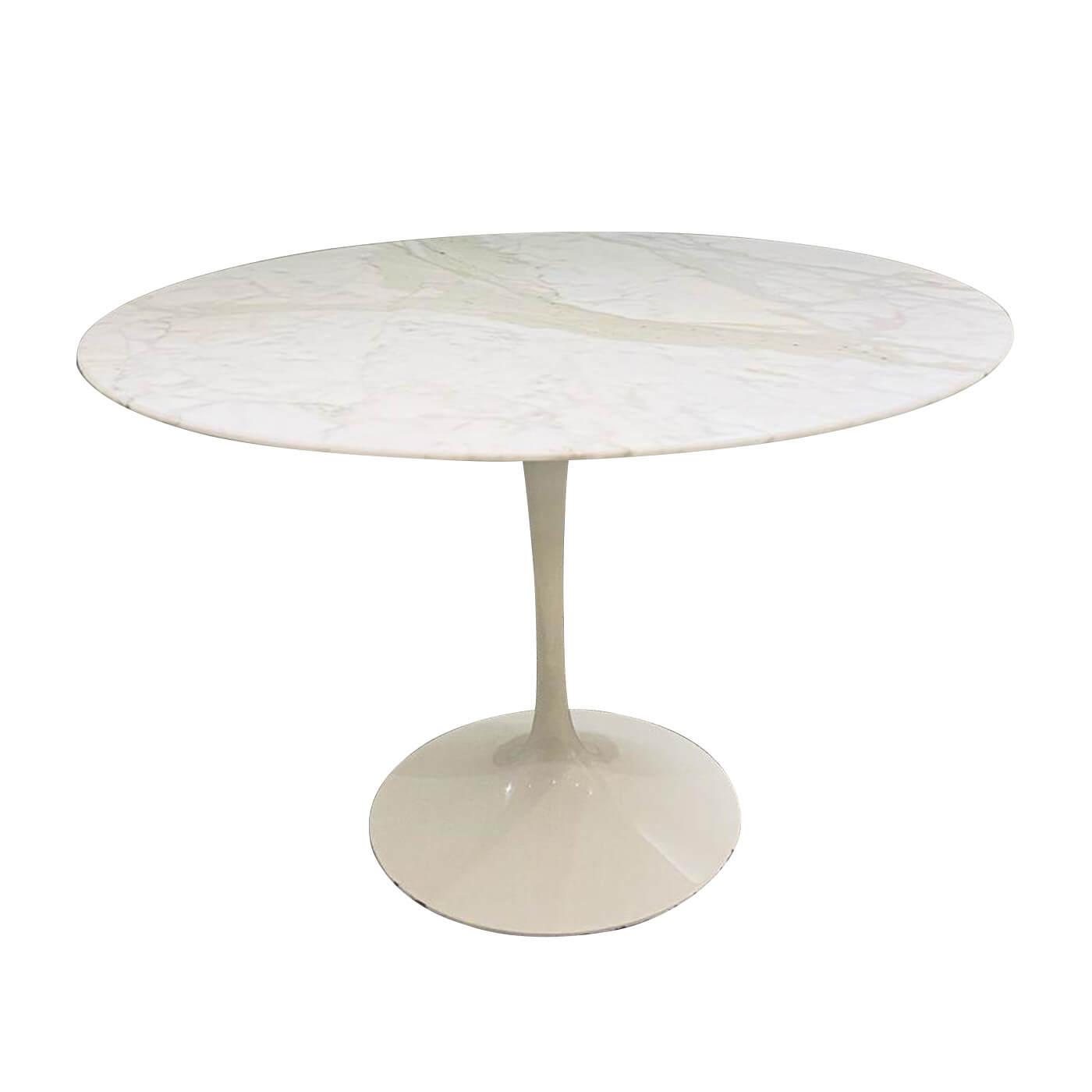 Knoll Saarinen calacutta marble tulip table 120cm