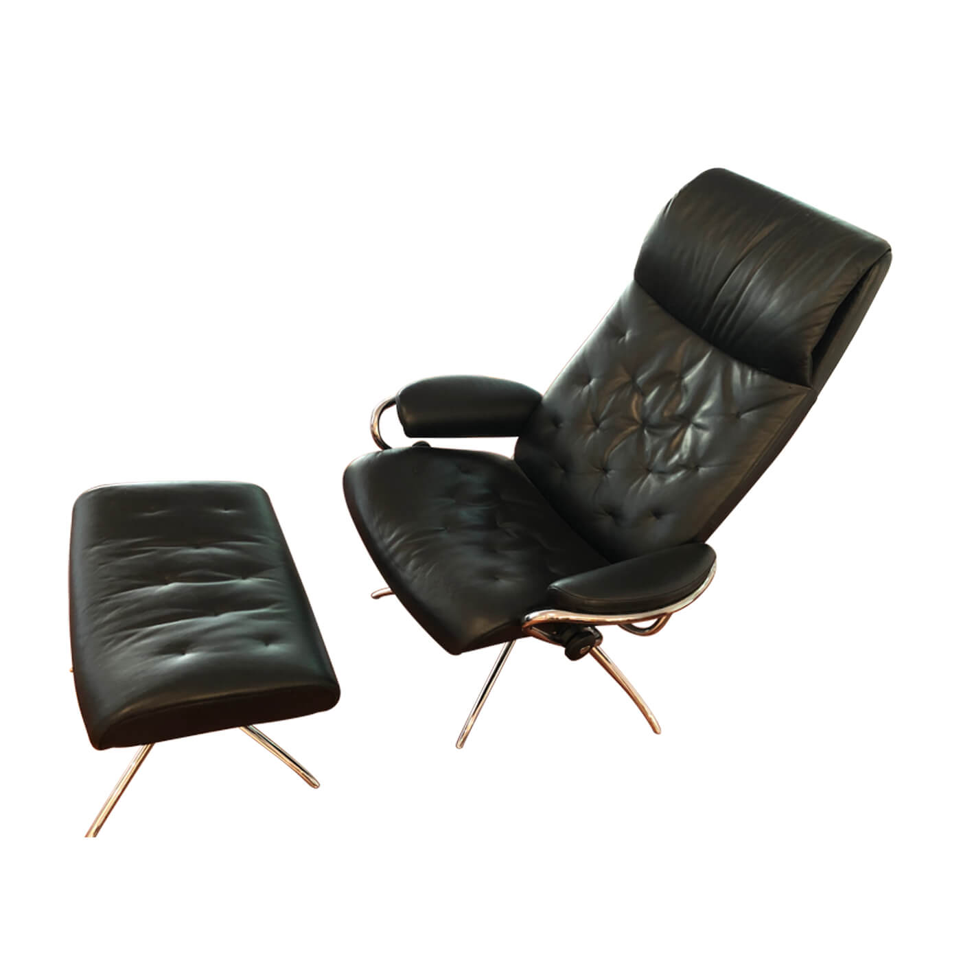 Stressless London Recliner with mathcing ottoman, second hand on Two Design Lovers