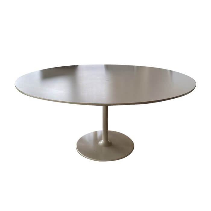 Two-Design-Lovers-Round-dining-table