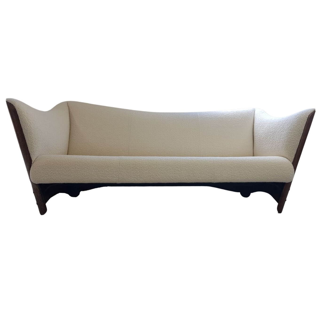 Pacific Green Cayenne sofa upholstered by Demuz